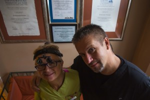 Koleżanka i kolega z frankfurckiej ławki klasowej Master of Oral Implantology